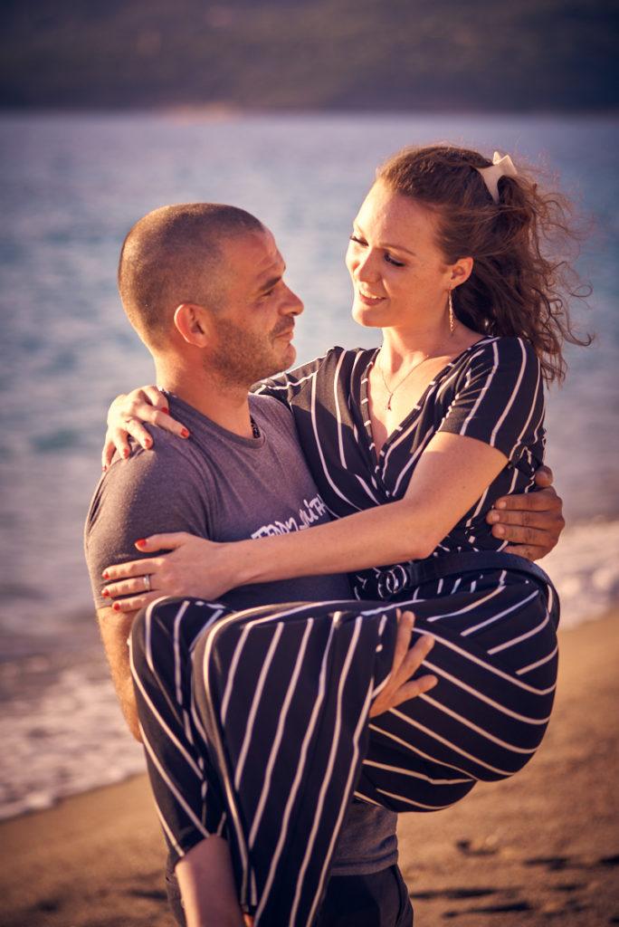 couple engagement corse